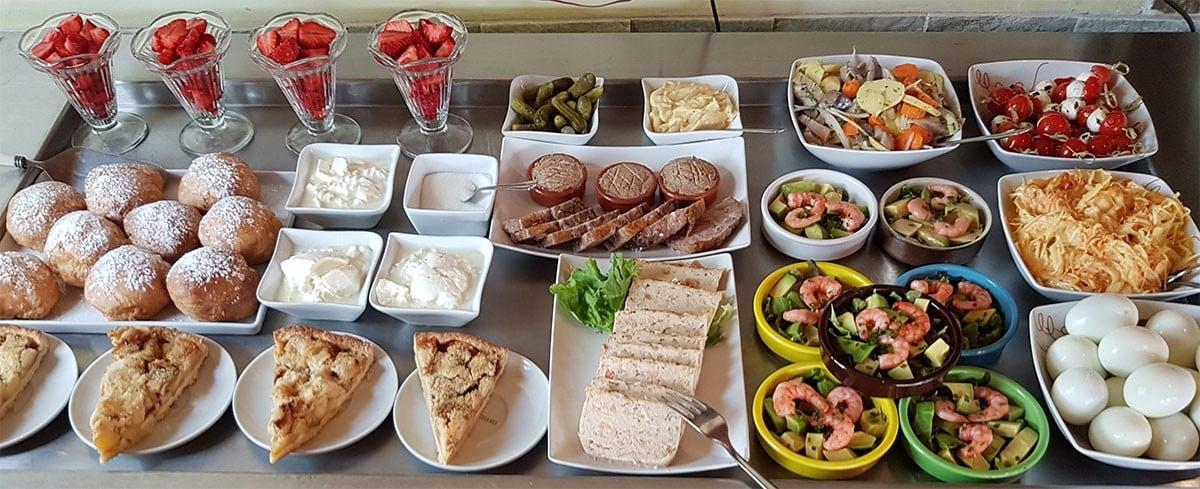 Menu avec buffet d'entrées maison au Mermoz de Montoire 41